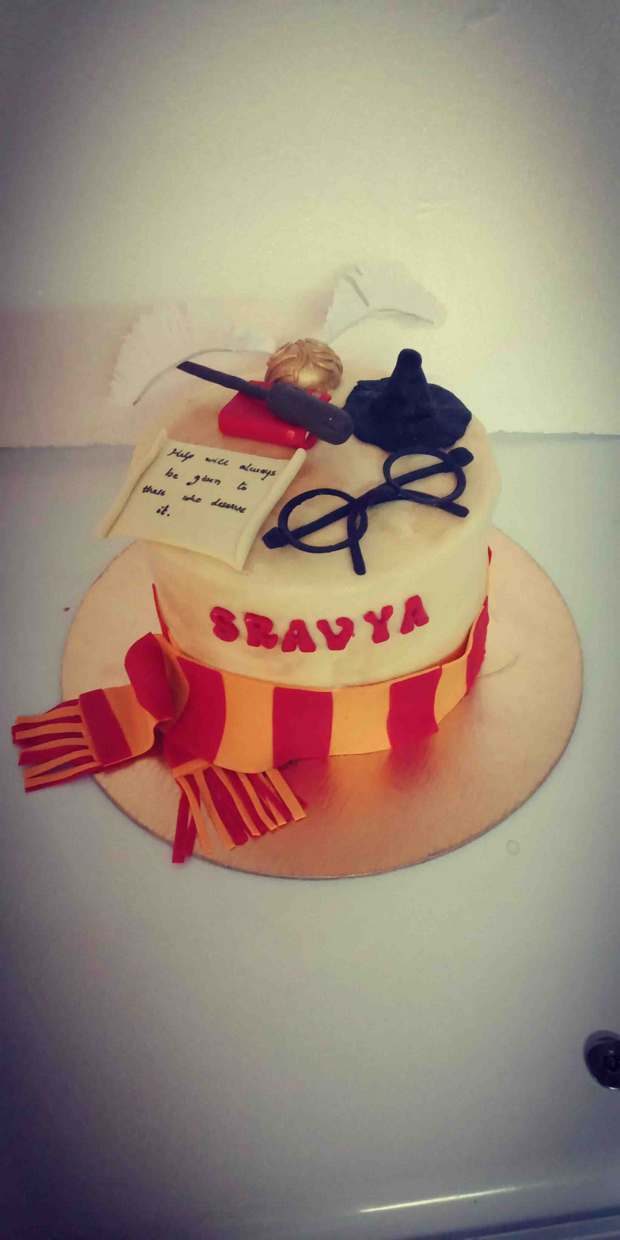 harrypotter fondant cake hyderabad,kids fondant cake,cake delivery,fondant cake hyderabad,fondant cakes for birthday hyderab
